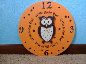 Close-up of the clock! I just love this little clock and that you can have it made in all sorts of colors!